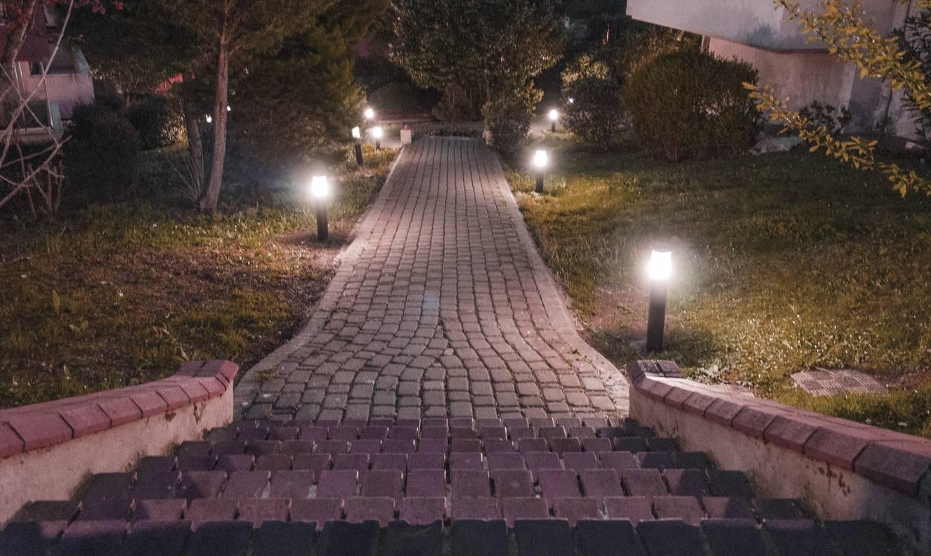 Градинско осветление онлайн